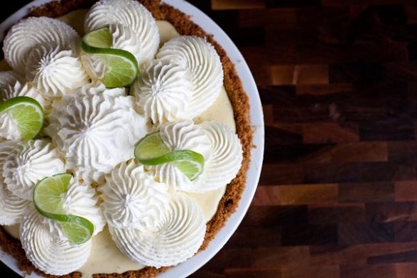 Key Lime Pie. A la Mode Pies.