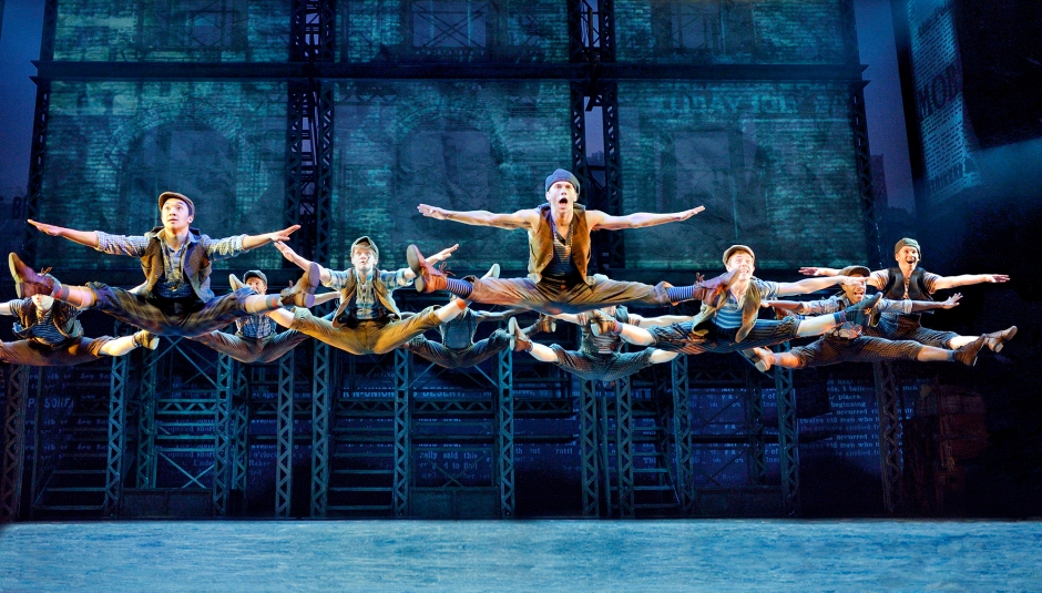 Disney's NEWSIES North American Tour original company. Photo by Deen van Meer.