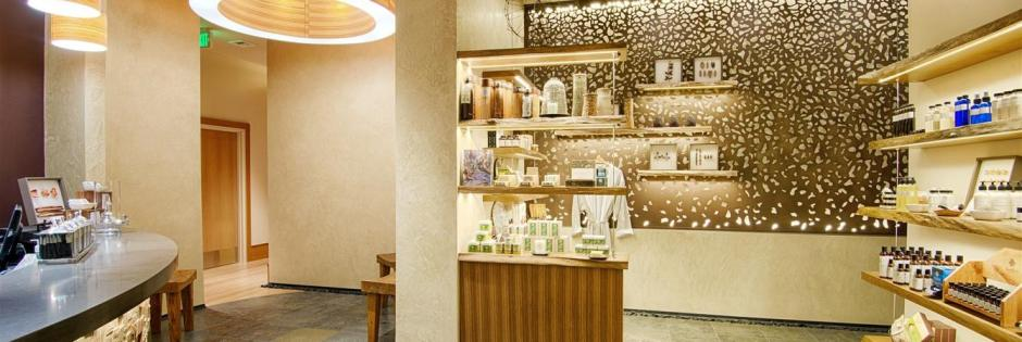 cbl-spa-retail-lobby.jpg.1340x450_0_204_6978