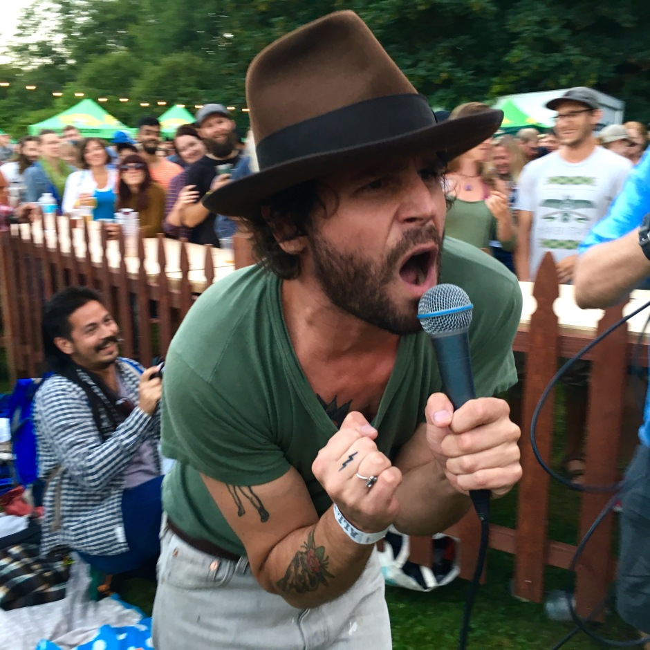 Langhorne Slim delights crowds, courtesy Timber! Outdoor Music Festival