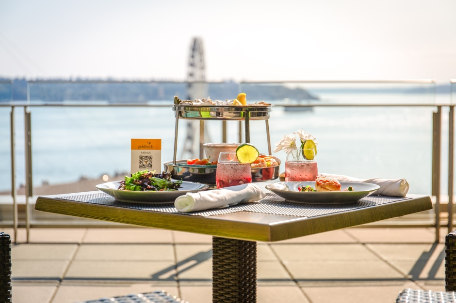 Goldfinch Tavern Pop-up at FS Seattle's INFINITY pool + bar 2